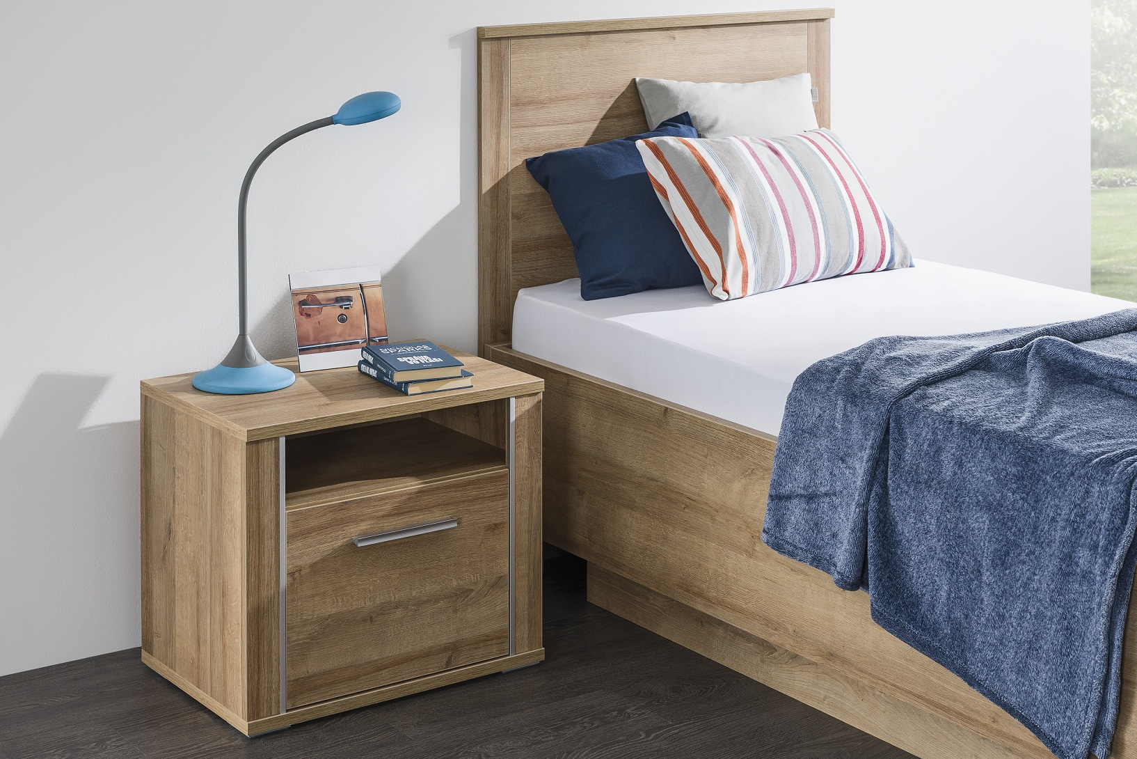 Nočný stolík Nordic